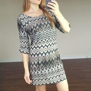 Ovi black white grey zip back puff shoulder dress